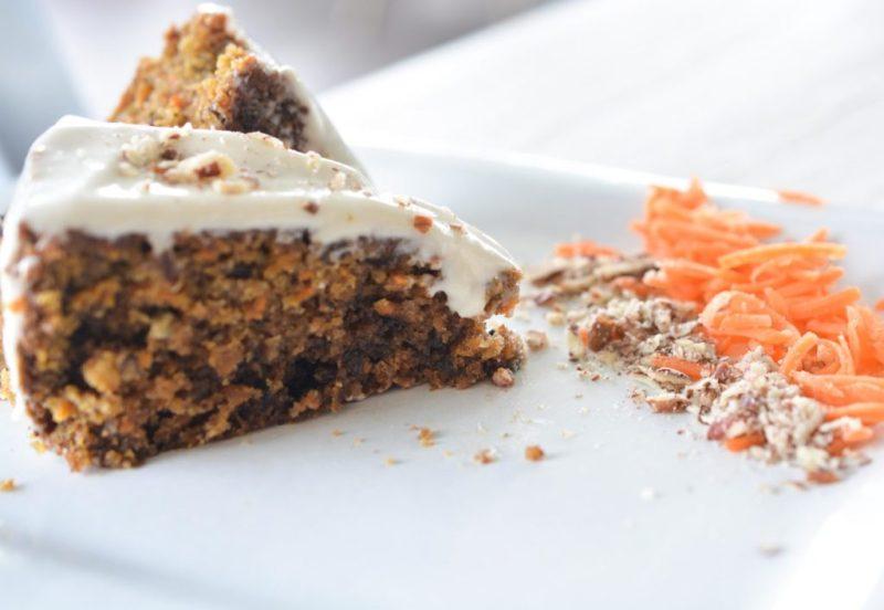 But first, dessert: conoce Coconette, una repostería de concepto único - pastel-de-zanahoria-con-nuez-_-frosting-but-first-dessert-conoce-coconette-delicias-con-causa