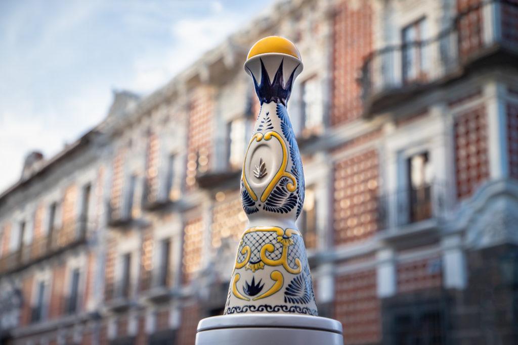 Tequila Clase Azul: un tributo a Puebla en una sola botella - UN TRIBUTO A PUEBLA EN UNA SOLA BOTELLA 5 de mayo tequila clase azul 1