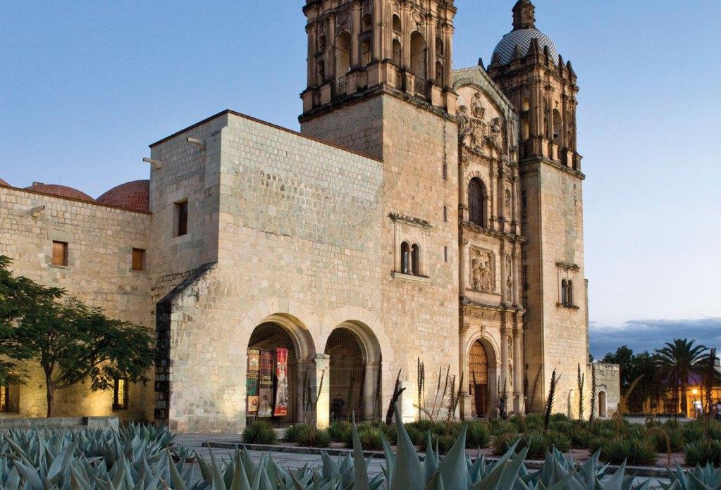 Oaxaca: Entre pintura contemporánea y alebrijes
