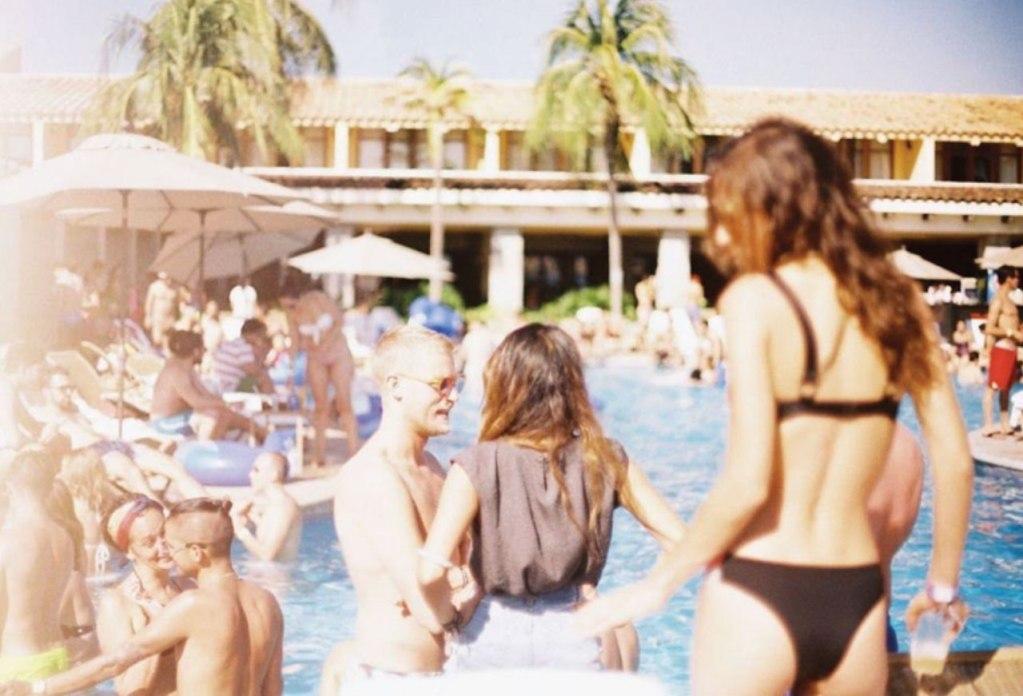 Trópico: El Festival de la Costa