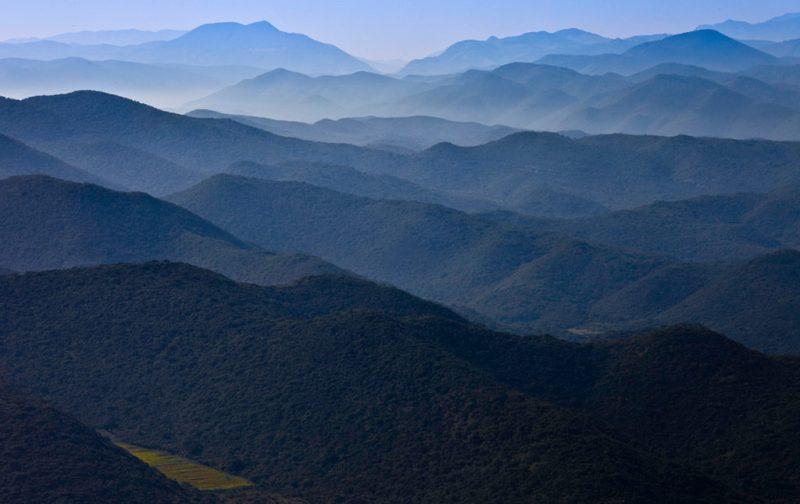 Conservation International, a favor de la naturaleza - paisaje-montancc83as-azul-cielo