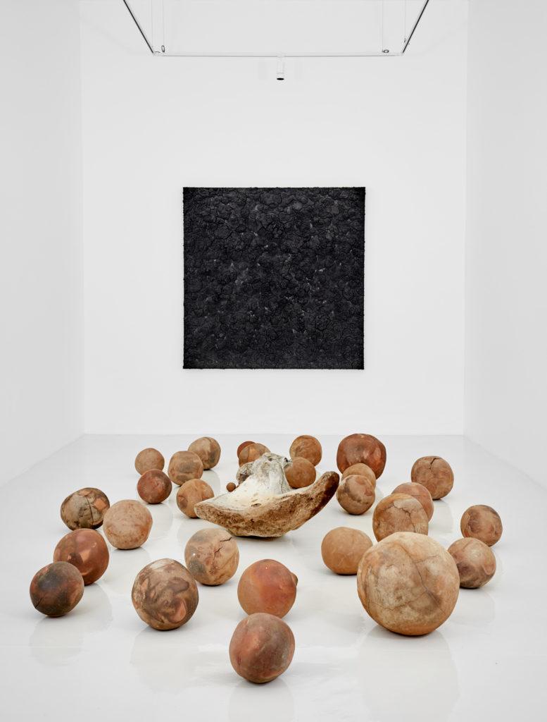 Bosco Sodi en la Galería Hilario Galguera - bosco20sodi_las20tinieblas20en20la20faz20de-6