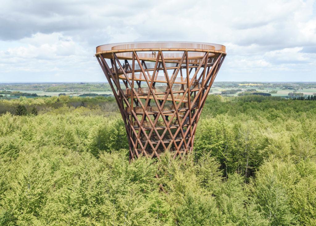 El nuevo deck de observación en Dinamarca que impacta por su arquitectura