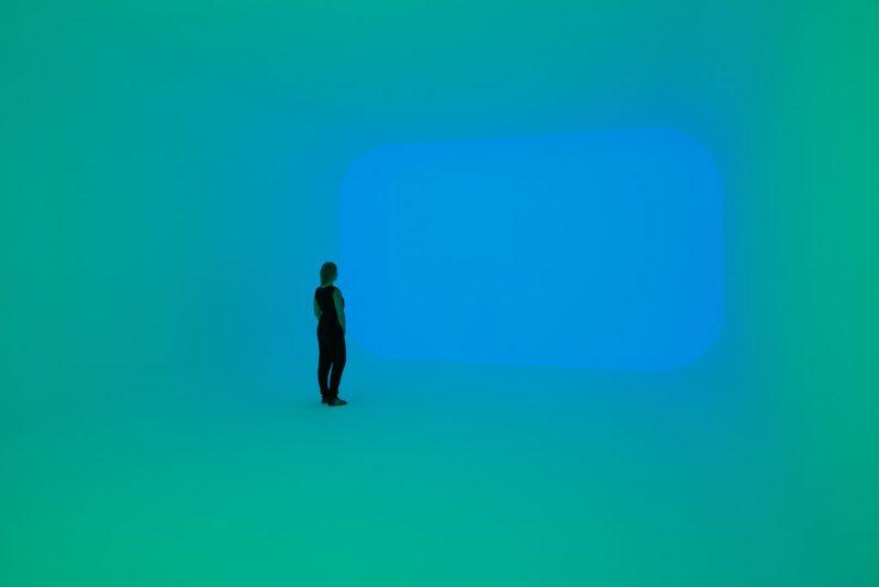"""""""Pasajes de luz"""", un retorno a la contemplación meditativa - turrell-james-4"""