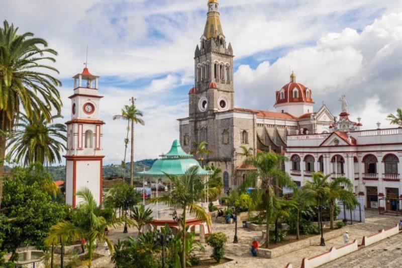 18 pueblos mágicos que definitivamente tienes que conocer en México - cuetzalan-puebla-15-pueblos-magicos-que-definitivamente-tienes-que-conocer-en-mexico