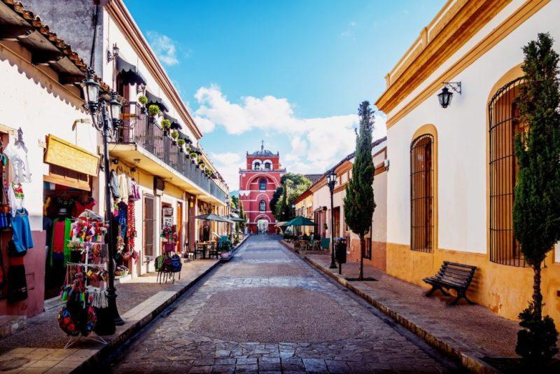 18 pueblos mágicos que definitivamente tienes que conocer en México - san-cristobal-de-las-casas-chiapas-15-pueblos-magicos-que-definitivamente-tienes-que-conocer-en-mexico