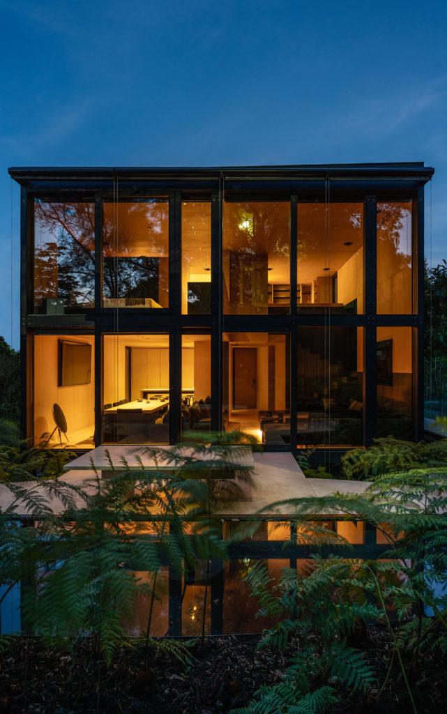 PI, la primera casa mexicana prefabricada 100% con aluminio - pi-la-primera-casa-mexicana-prefabricada-de-aluminio-arquitectura-miguel-angel-aragones-2