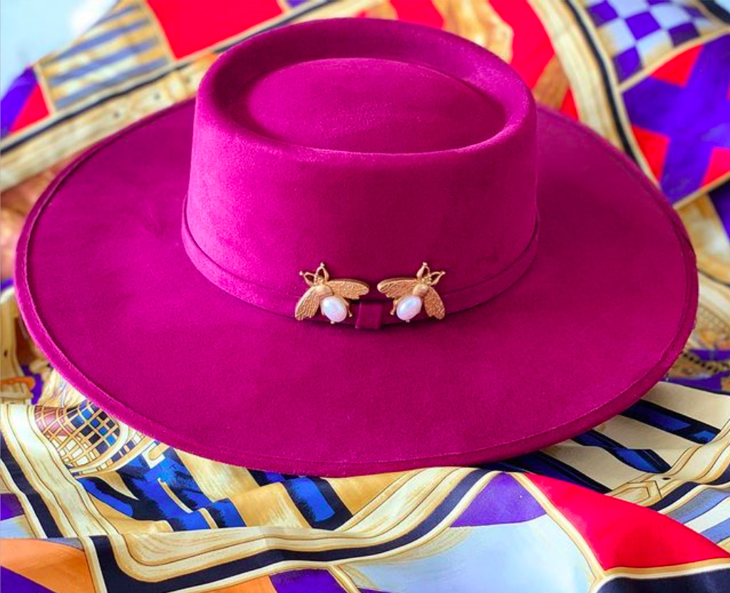 De Chile y Mole, una línea de sombreros con un toque de locura
