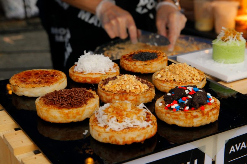 El crisol gastronómico de Nueva York se reinventa en plena pandemia - queens-night-market-flushing