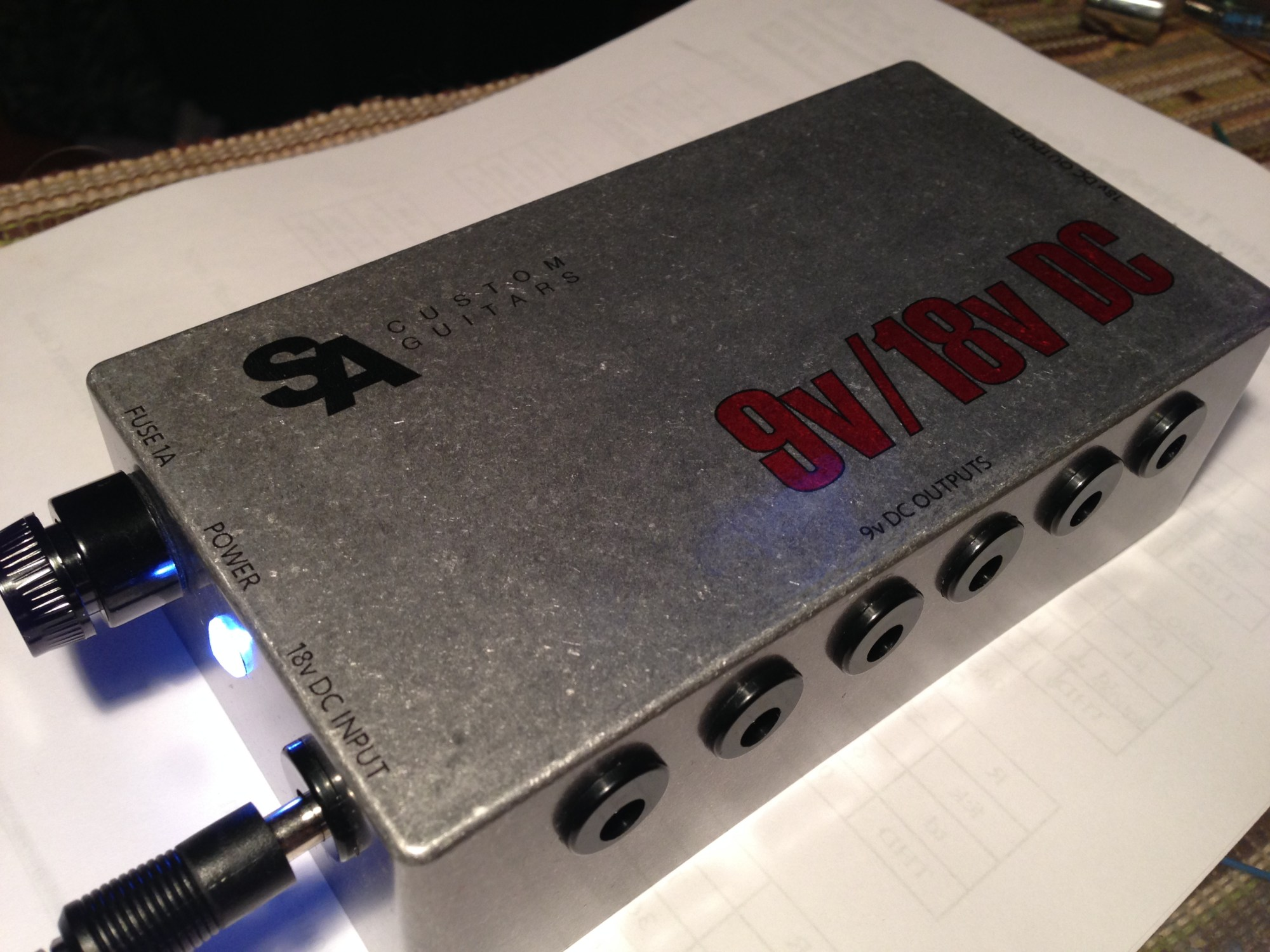 hight resolution of the finished 9v 18v power supply