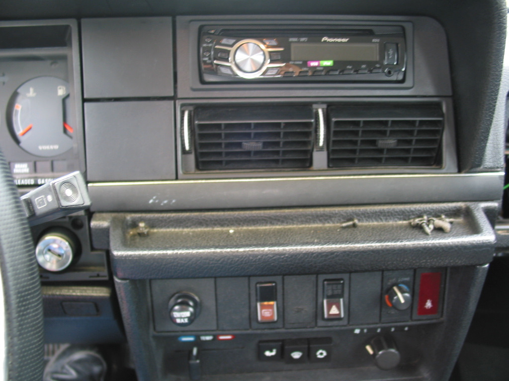 Diagram Together With 1990 Volvo 240 Wiring Diagram On Volvo 240
