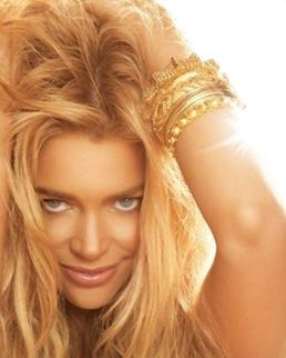 denise-richards-its-complicated