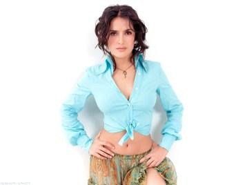 salma_hayek_wallpaper_coolwallpaper-12008