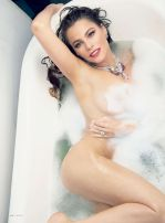 Sofia-Vergara-Vanity-Fair-Magazine-May-2015-4