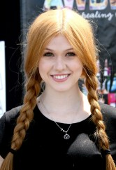 Katherine-McNamara-at-Art-in-the-Afternoon-Family-Festival-in-Venice--03