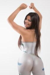 9mar2016---suzy-cortez-a-dona-do-bumbum-mais-bonito-do-brasil-posou-completamente-nua-com-o-corpo-todo-pintado-1457552877545_466x700