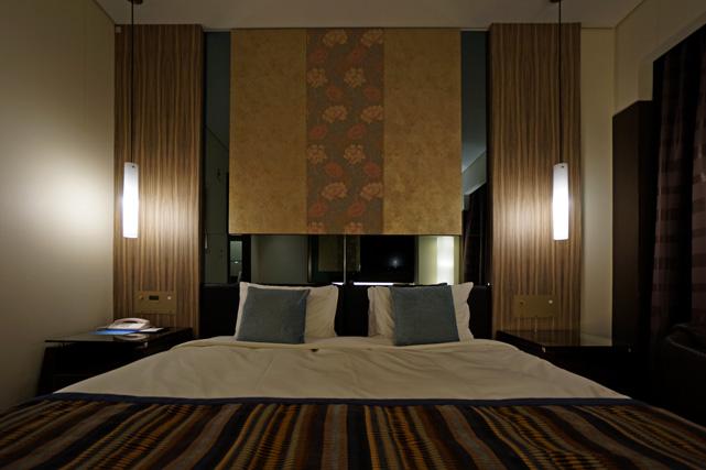 沖縄かゆりしナハ_ベッド