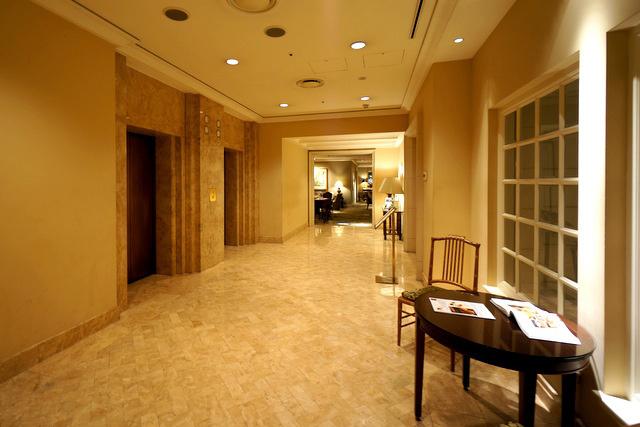 西洋銀座_エレベーターホール