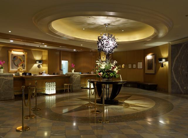 横浜ロイヤルパークホテル_フロント