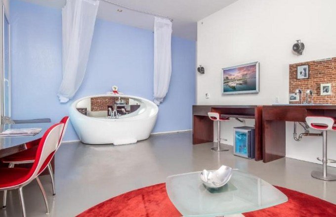 One-Bedroom Corner Suite with hot tub in The Keating Hotel by Pininfarina, San Diego