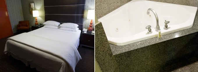 Deluxe king room with a private Whirlpool in 3 Palms Hotel, Scottsdale, AZ