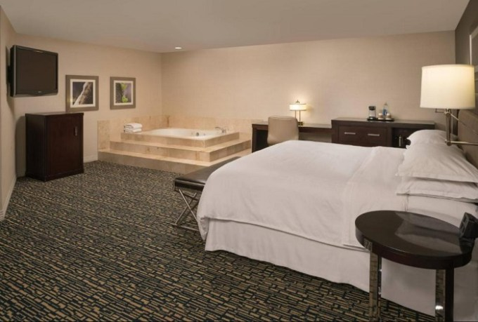 Suite with a hot tub in the bedroom in Sheraton Salt Lake City, Utah