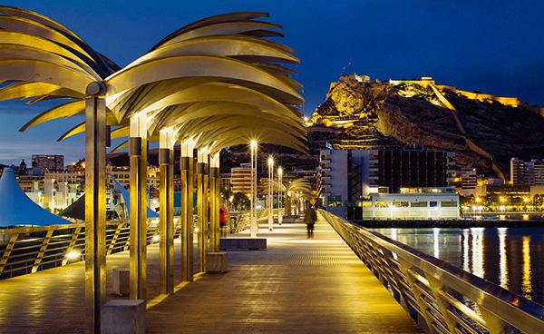 Tiempo de Terrazas y Paseos junto al mar - Hotel Álamo Alicante