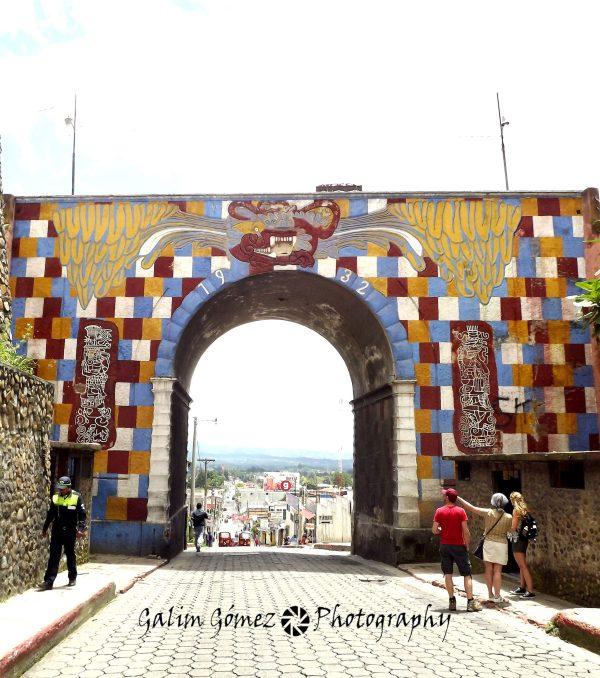 Panajachel y Chichicastenango