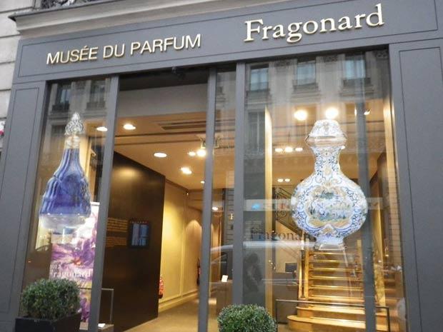 Museu do perfume em Paris. Perfume Importado, quem não gosta?