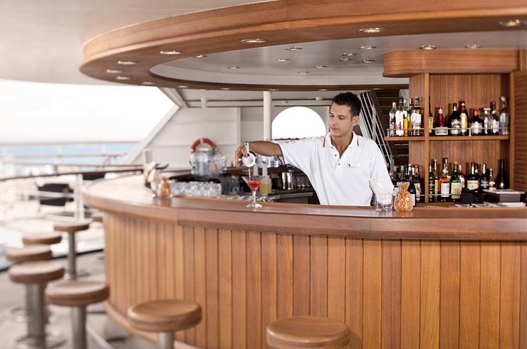 imagem-de-barman-de-navio
