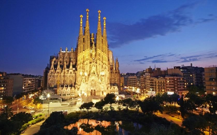 imagem-de-castelo-em-barcelona