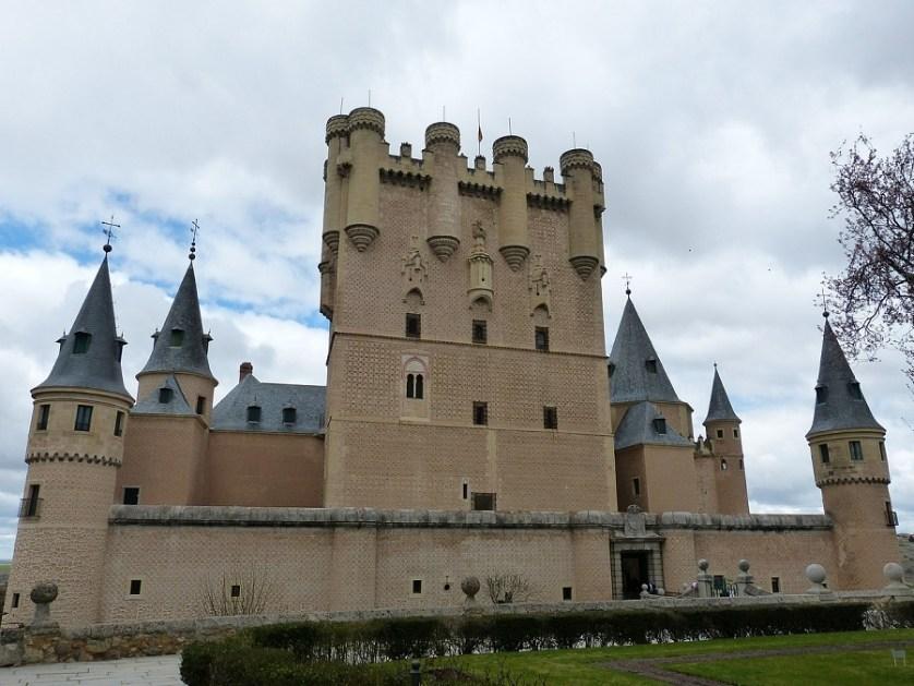 imagem-de-castelo-na-espanha