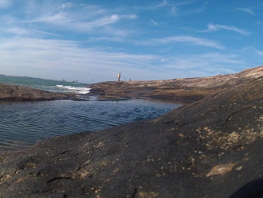 imagem-do-mar-e-piscina-natural