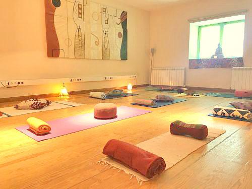 sala actividades talleres y meditacion