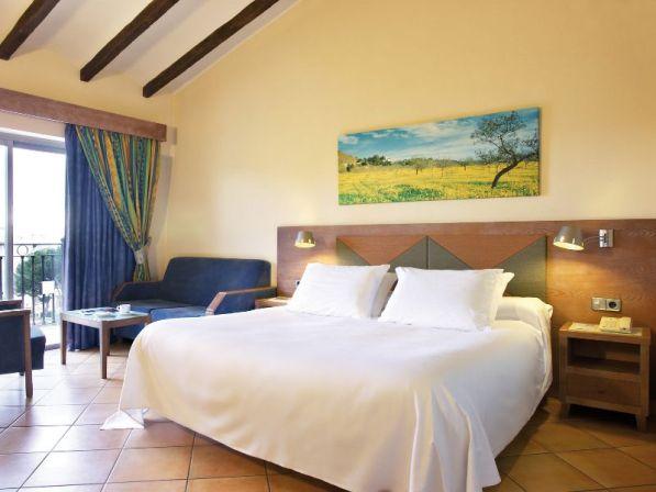 room-superior-5-hotel-barcelo-pueblo-park37-8003