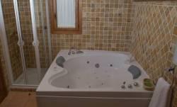 Hoteles con Jacuzzi en la Habitacion en Segovia