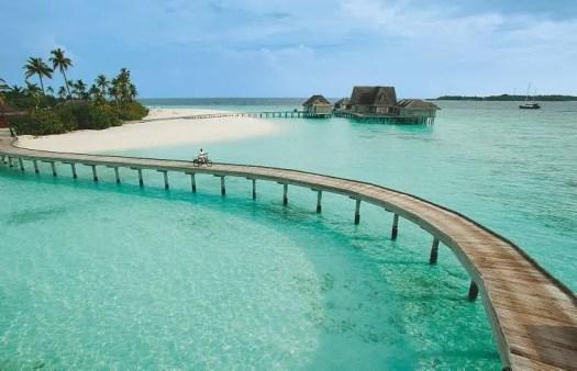 74-escales-en-iles-maldives-baa_Page_5_Image_0003