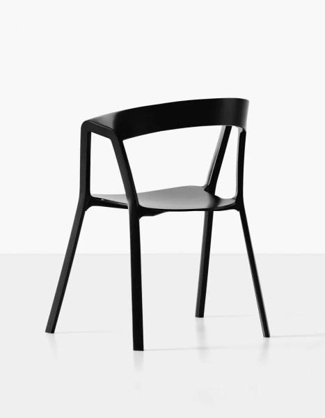 Chaise-Compas-by-Kristalia