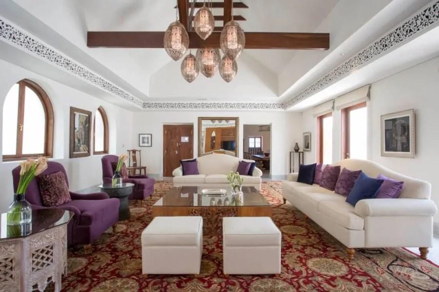 Royal_Residence_Living_Room