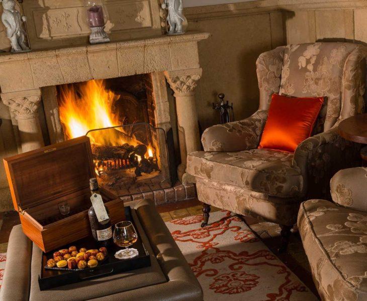 Salon-Cheminée---Chimney-Living-Room
