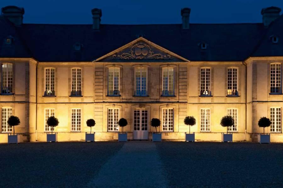 Château-d'Audrieu_Cour-d'honneur_3