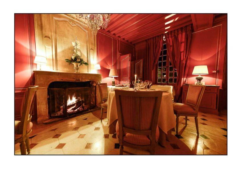 Château-d'Audrieu_Restaurant-Le-Séran_nuit_02