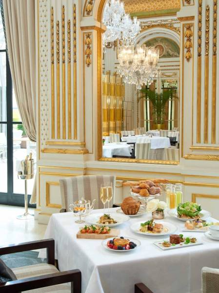 the-peninsula-paris-brunch