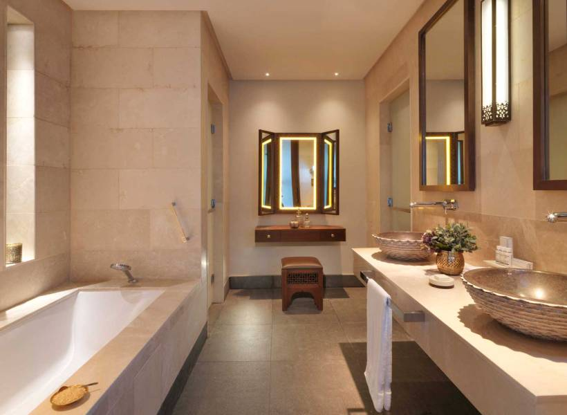 aaja_deluxe_canyon_view_bathroom_l_a_h