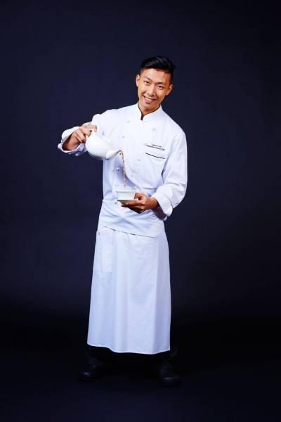 Chef-Samuel-Lee-SUM---Shang-Palace---Shangri-La-Hotel,-Paris--©Aimery-Chemin