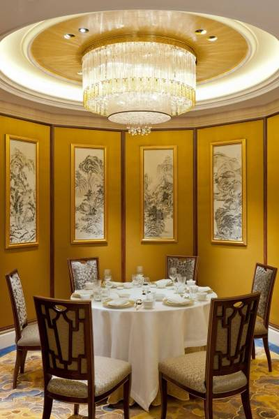 Restaurant-Shang-Palace---Shangri-La-Hotel-Paris---Credit-Fabrice-Rambert