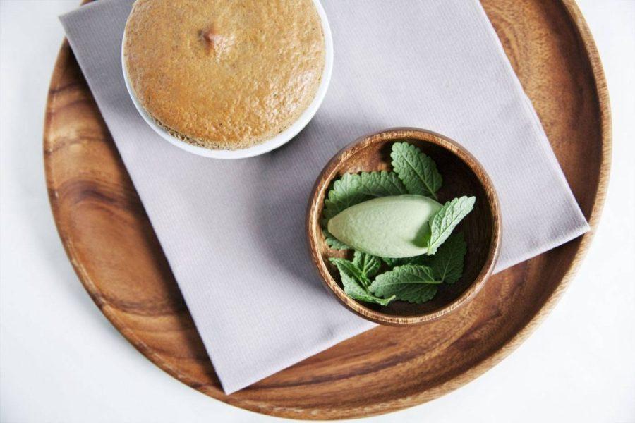 Soufflé-café,-glace-mélisse-3---Le-Corot----Les-Etangs-de-Corot---Roberta-Valerio