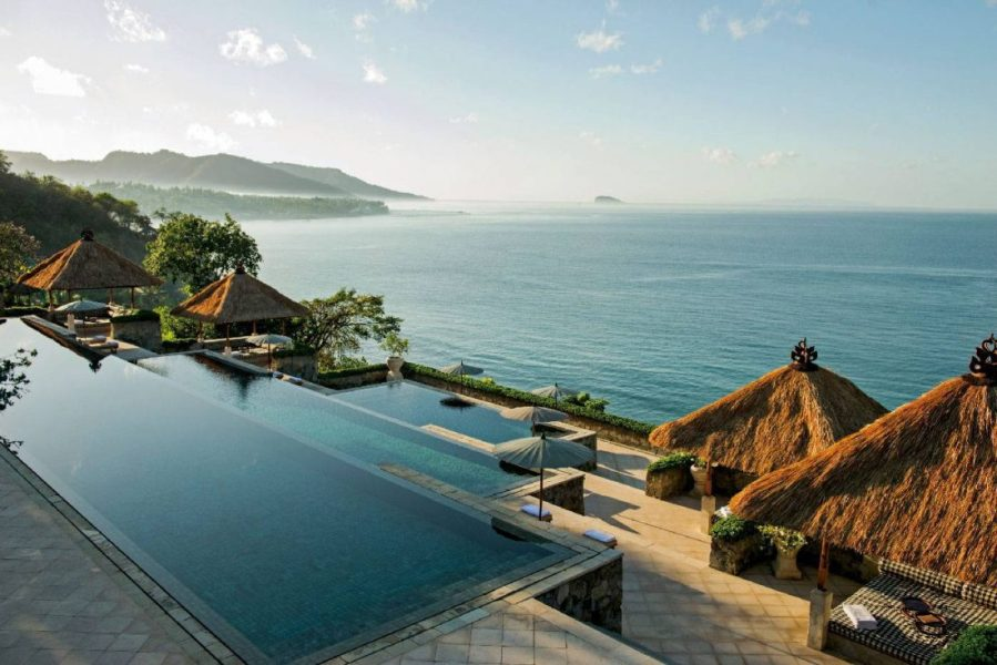 Three-tiered-main-pool_High-Res_1494-copie
