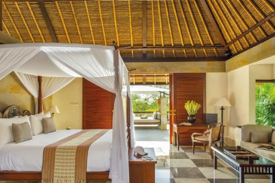 Villa-bedroom-_High-Res_3618-copie