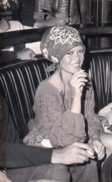 •-©AponteBrigitte-Bardot-aux-Caves-du-Roy(c)-Méditerranée-photo-copie